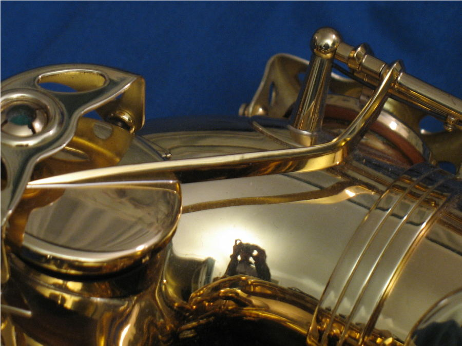 saxophone key arm