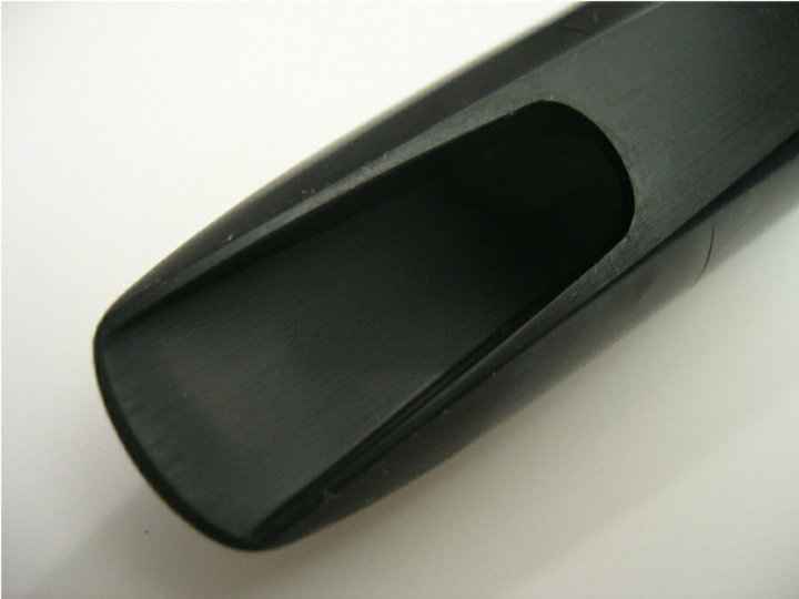 saxophone mouthpiece window